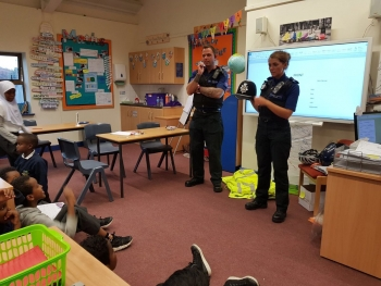 Y6 enjoyed a visit from our local PCSO's